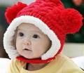 Шапка для ребенка – это обязательный элемент не только зимнего, но и весеннего, осеннего, иногда даже летнего гардероба.